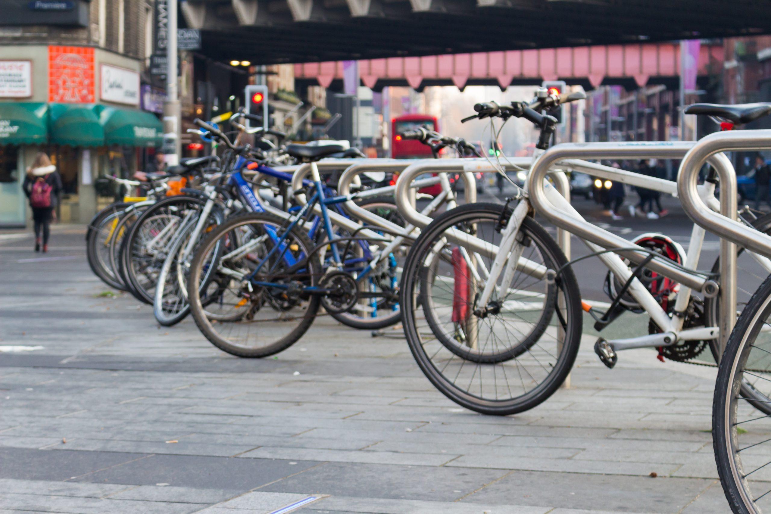 Neue Fahrradbügel für die Region